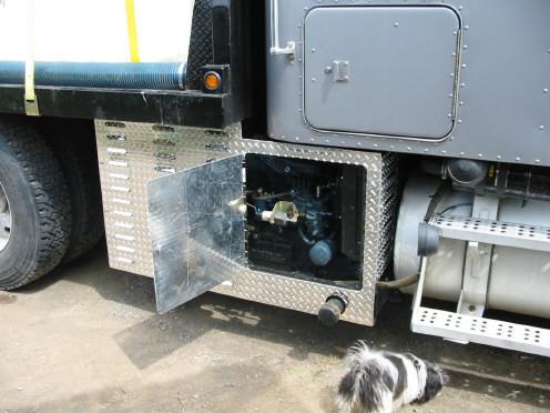hopper-water-truck-unit